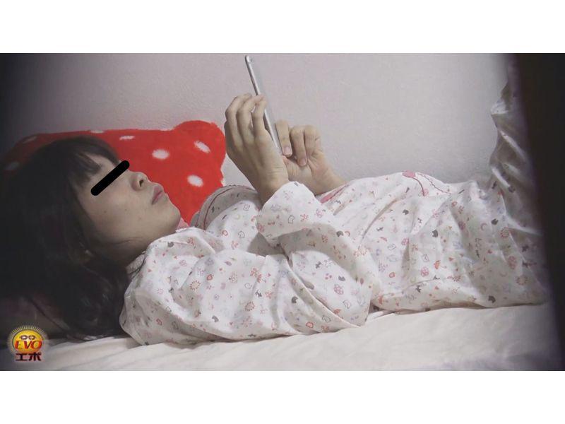 【排便盗撮】家庭内隠撮!就寝中の妹のマンコをシゴいて強制失禁させる様子を隠し撮り! その5