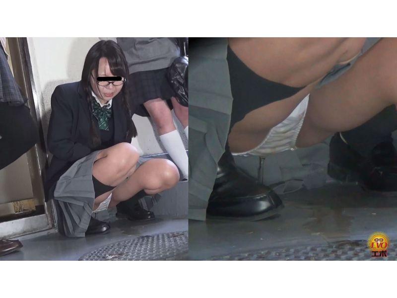 【排便盗撮】優等生JKたちが羞恥小便お漏らしした瞬間 その7