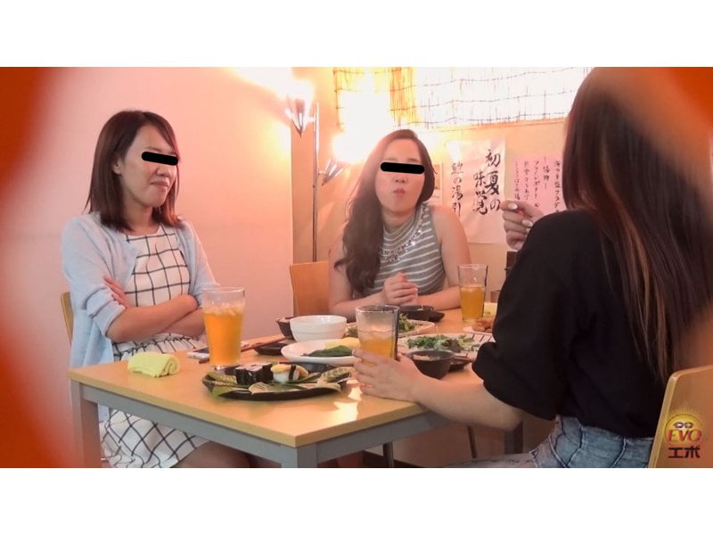 【排便盗撮】劇的ビフォーアフター☆カチカチ快便と飲酒後のシャバシャバ下痢便 その5