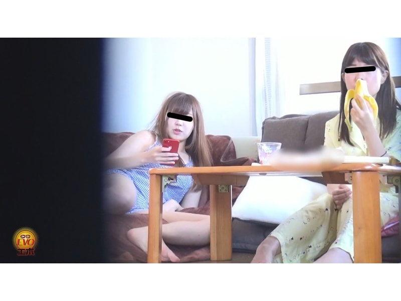 【排便盗撮】家庭内隠撮!姉妹の大便風景を隠し撮り その5