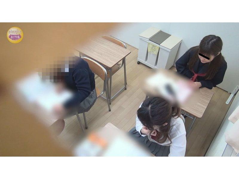 【排便盗撮】校内女子便所盗撮 浣腸で便秘解消する女子校生立ち その5