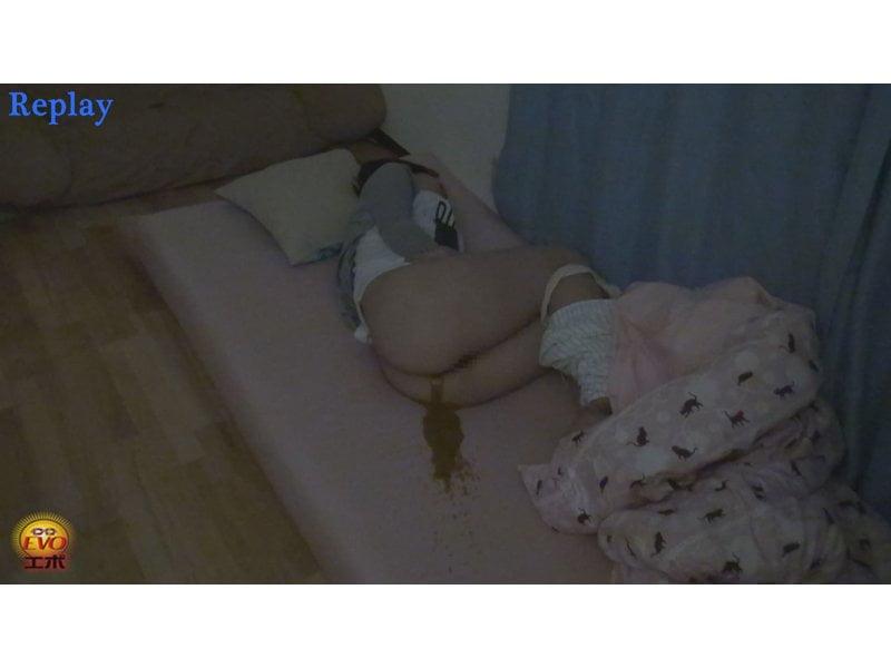 【排便盗撮】寝てる女子校生に強制浣腸!悶絶大便お漏らしする様子を隠れて観察 その8