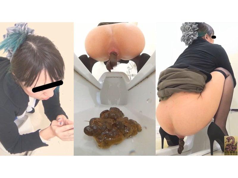 【排便盗撮】和式便所盗撮 エロスと汚物の融合!セクシー黒タイツ女子の大便 その11
