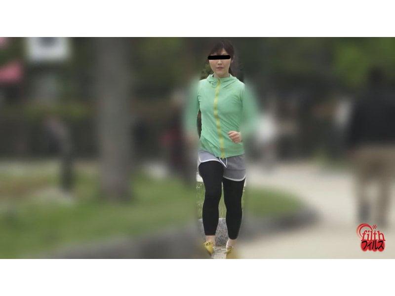 【排便盗撮】ジョギング中にお腹が… 公衆トイレ大便盗撮 美ジョガーうんこ その11