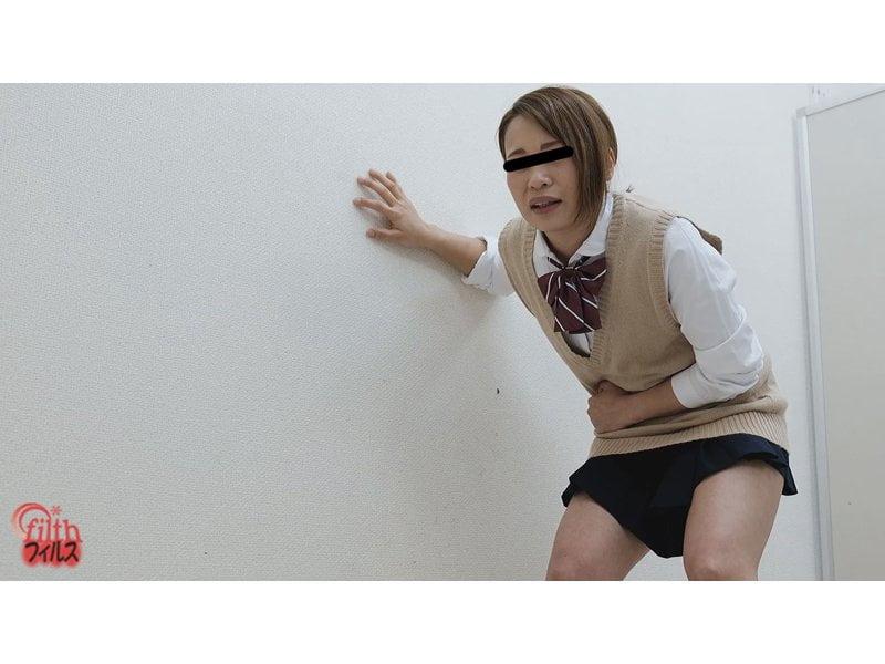 【排便盗撮】女子校生トイレ順番待ち中の失便…トイレが空くまでもう肛門が持たないっ! その11