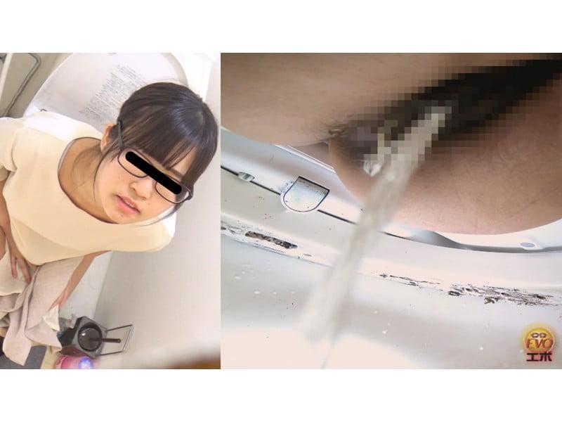 【排便盗撮】小便音丸聞こえ便所盗撮 その11