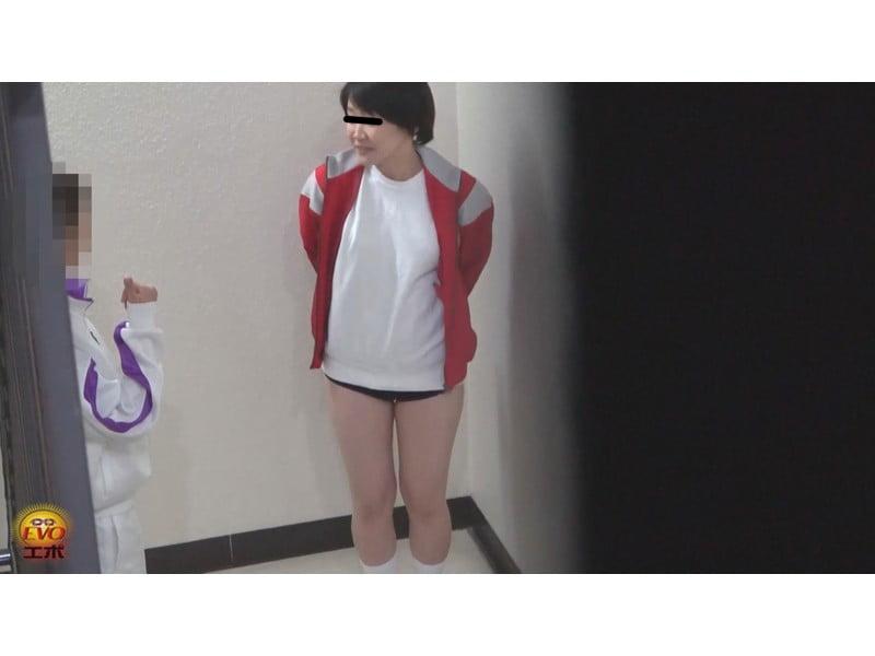 【排便盗撮】無念の失禁!女子校生トイレ目前小便お漏らし その24