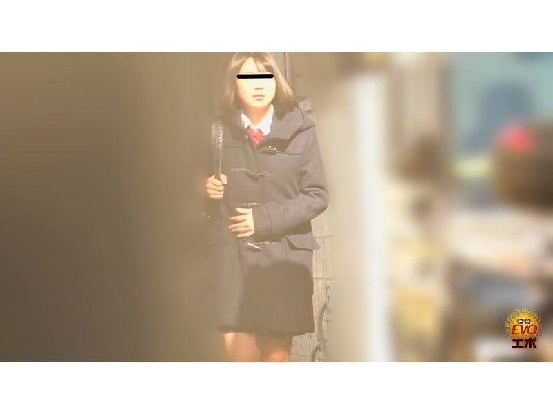【排便盗撮】女子校生小便盗撮 ワレメから尿柱一閃!ビュッとキレの良いオシッコまとめ その8