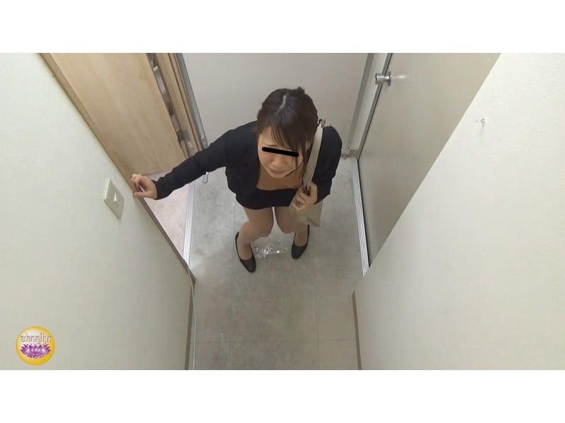【排便盗撮】社内悪質パワハラの一部始終 後輩OLトイレ締め出し失禁 その9