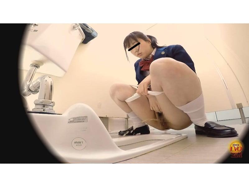 【排便盗撮】女子校生小便盗撮 ワレメから尿柱一閃!ビュッとキレの良いオシッコまとめ その10