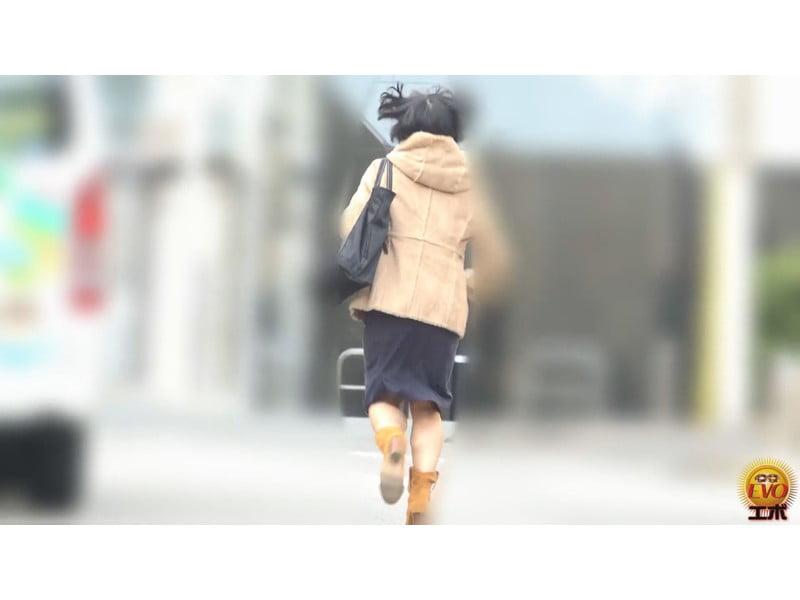 【排便盗撮】和式便所小便盗撮 膀胱限界爆尿便所 その6