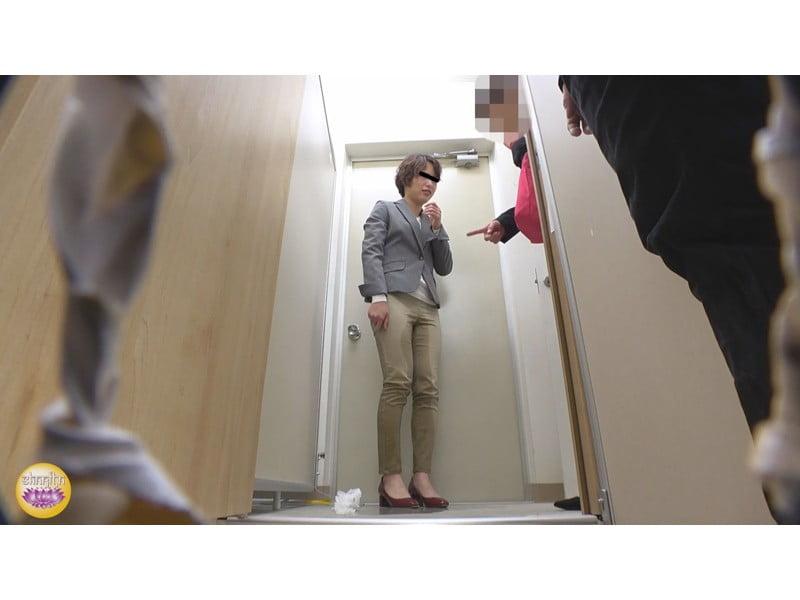 【排便盗撮】社内悪質パワハラの一部始終 後輩OLトイレ締め出し失禁 その22