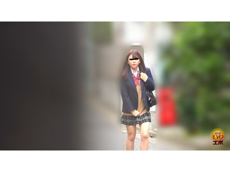 【排便盗撮】女子校生小便盗撮 ワレメから尿柱一閃!ビュッとキレの良いオシッコまとめ その23