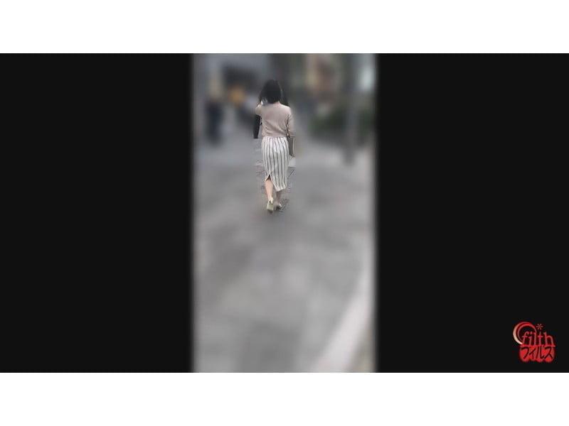 【排便盗撮】和式便所大便盗撮 シャレオツシティーガールの大便隠し撮り その14