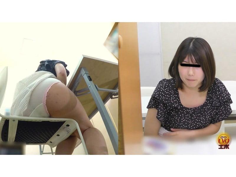シてはいけないと思うほどシたくなる…サイレント図書館でおならをしたくなる女性たち その16